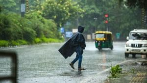 The monsoon trough has moved away from the national capital, said scientists at IMD.(Amal KS/HT photo)