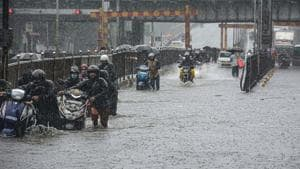 Rains across the island city and the western suburbs picked up late on Tuesday evening. There were intense spells across Mumbai overnight, a civic official said.(PTI photo)