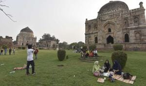 As soon as the weather gets pleasant in Delhi, denizens love to head to Lodhi Gardens.(PHOTO: Sanjeev Verma/HT)