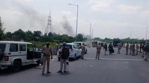 n Thursday, hundreds of protesting ST candidates blocked national highway-8 in Dungarpur.(HT Photo)