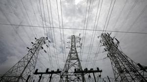 High-tension power lines are pictured outside a Tata Power sub station in the suburbs of Mumbai.(REUTERS)