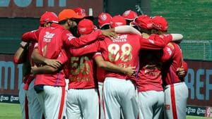 IPL 2020: Players of Kings XI Punjab in a team huddle.(KXIP/Twitter)