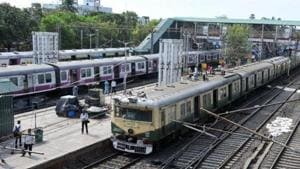 Local trains are the lifelines connecting the cities of Kolkata and Howrah with towns and villages of adjoining districts.(PTI FILE PHOTO)
