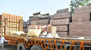 Carved stones being carried to the Ram temple site in Ayodhya.(HT PHOTO)