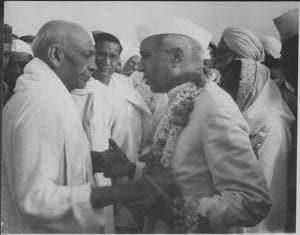 In the Ahmednagar prison in 1945, an altogether new activity bound Jawaharlal Nehru with Sardar Patel — gardening(HTPhoto)