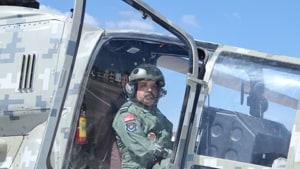 The Chief of Air Staff was accompanied by HALs Deputy Chief Test Pilot, Wg Cdr (Retd) S P John.(Photo: HALHQBLR/ Twitter)