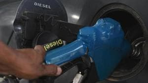 Diesel rates went up from Rs 70.68 to Rs 70.88 per litre.(Vipin Kumar/HT PHOTO)
