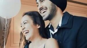Neha Kakkar tells Salman Khan her love story with Rohanpreet Singh, says 'I am his deewani, I had to marry him'