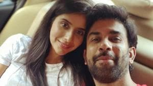 Rajeev Sen poses with his wife Charu Asopa for a selfie.