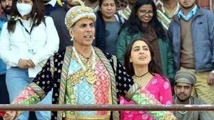 Akshay Kumar and Sara Ali Khan at Taj Mahal, Agra.