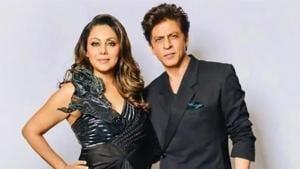 Shah Rukh Khan poses with wife Gauri Khan.