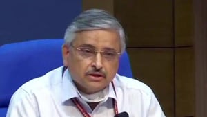 India has a 'robust plan' for vaccination and is going to roll out vaccines for a large part of its population 'in the near future',AIIMS Delhi Director Dr Randeep Guleria said.(ANI photo)