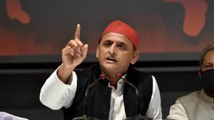 Samajwadi Party president Akhilesh Yadav addressing a press conference at the party office in Lucknow.(PTI Photo)
