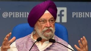 War of words broke out on Twitter between Union civil aviation minister Hardeep Singh Puri and senior Congress leader Jairam Ramesh over Covid-19 vaccine.(PTI)