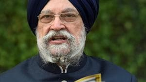 Union Civil Aviation Minister Hardeep Singh Puri attacked the opposition for criticising Centre's vaccine drive and SC judgement allowing the redevelopment on Central Vista.(PTI)