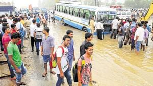 Officials meet to discuss Gurgaon's monsoon preparations, rainfall...