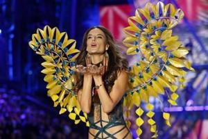 Victoria's Secret Fashion Show: Of pretty lingerie and prettier...