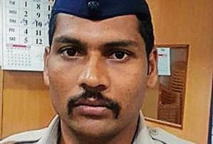 Sakinaka constable saves drunk man from jumping off cliff