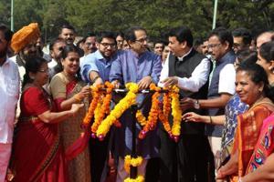 BMC polls ahead: Fadnavis, Uddhav put up united front