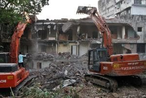 Demolition drive unearths 274 hidden rooms in Thane lodge
