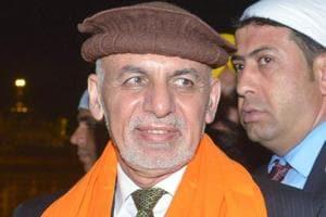 Pakistan's Sartaj Aziz meets Afghan President Ashraf Ghani