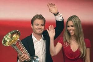 Nico Rosberg retirement: Formula One musical chairs begins at Mercedes