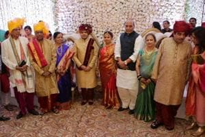 Top ministers, leaders attend wedding of Gadkari's daughter