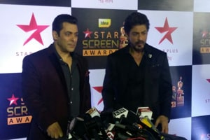 Watch: Salman Khan, Shah Rukh Khan host Screen awards