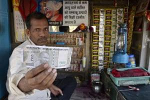 Tobacco vendor gets shocker in fake note of Rs 500 in new design in...