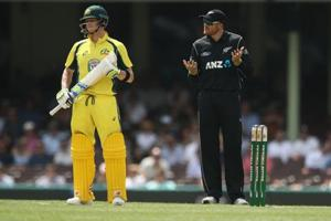 Steven Smith DRS blunder costly for New Zealand, says coach Mike...