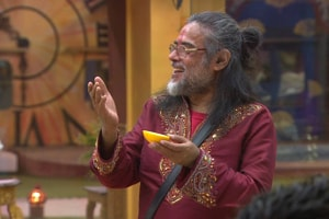 Bigg Boss 10 highlights: Swamiji is back and this time, with a manbun!