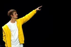 Singer Justin Bieber says he's single, never been to Tinder