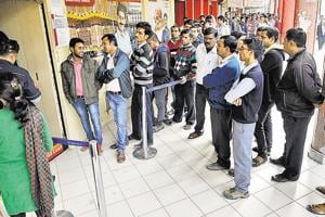 Gurgaon banks set own withdrawal limits to accommodate all