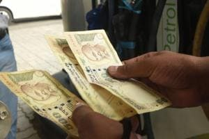 NRI body urges Jaitley to extend cut-off date to deposit banned notes