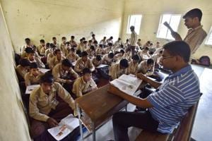 Delhi govt schools to hire retired teachers