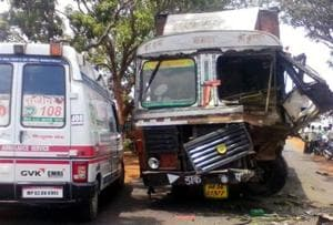 2  injured after container topples in Thane