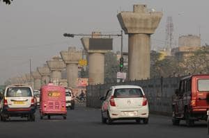 Make metro link to Greater Noida operational by December 2017, state...