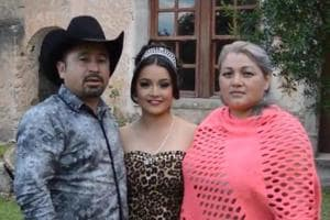 Mexican father invited 'everyone' to his daughter's 15th birthday...