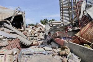 6.5-magnitude quake in Indonesia's Aceh kills nearly 100