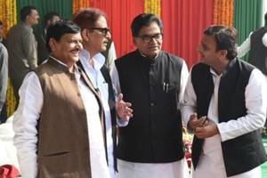 Advantage Akhilesh in SP tussle over ticket distribution?