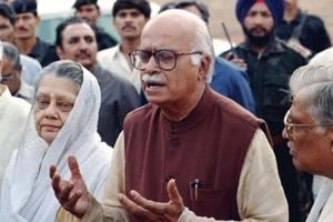 Advani lashes out at Centre, Oppn over Parliament logjam