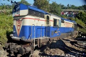Railway orders inquiry into derailment of Guwahati-bound Capital...