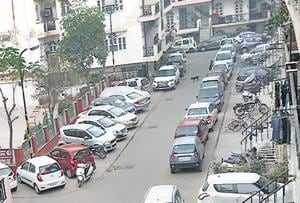 You don't see roads at night, only parked vehicles: Bombay HC