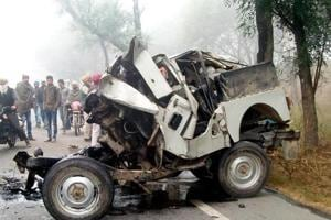 13 teachers, driver killed in Punjab jeep-truck collision due to dense...