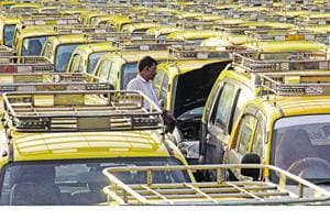 More cabs in Mumbai mull going cashless after notes ban