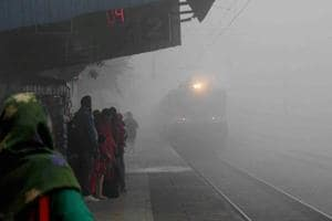 Railways cancel 2,771 trains fora month from Dec 17 due to fog