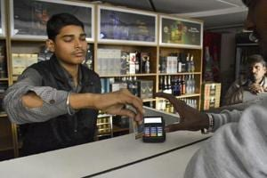Cash crisis fails to Ghaziabad's spirits, liquor sales go up