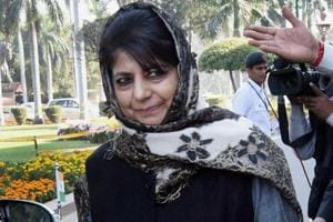 J-K CM Mehbooba Mufti walks out of meeting after tiff with...