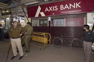 Rs 100 crore deposited in over 40 'fake accounts' in Axis Bank branch: I-T dept