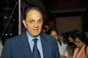 Nusli Wadia has asked shareholders of Tata Steel to collectively seek the intervention of both the central government and market regulator Sebi to protect the institution of independent directors.